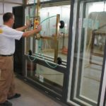 vacuum lifting window